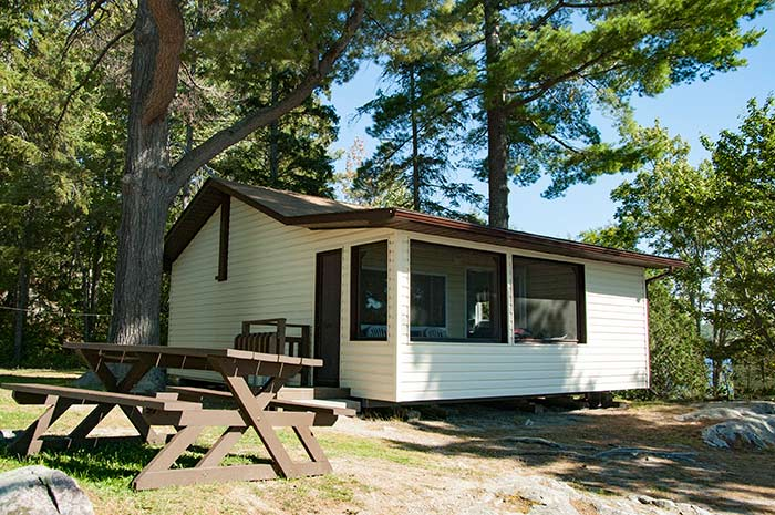 Cottage 10  - Two Bedrooms - Accommodates 4 people - Moonlight Bay Cottages, fishing adventures